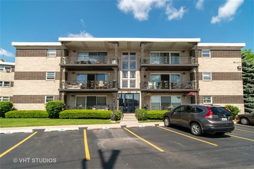 905 S 8th Unit 8, La Grange, IL 60525