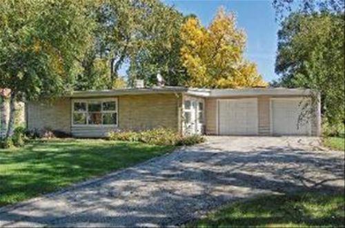 1703 N Wilke, Arlington Heights, IL 60004