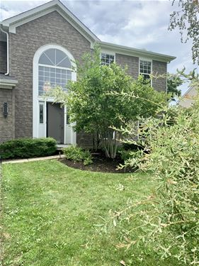 10 Georgetown, Cary, IL 60013