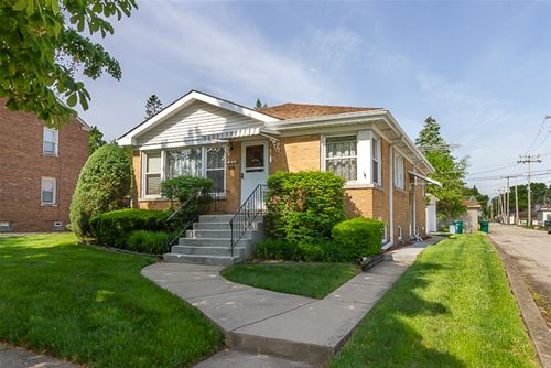 1214 Haase, Westchester, IL 60154