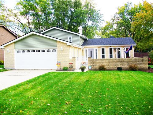 30W181 Country Lakes, Naperville, IL 60563