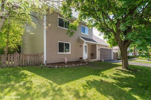 1268 Natchez Trace, Naperville, IL 60540