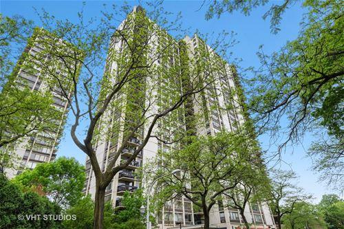 1360 N Sandburg Unit 705, Chicago, IL 60610 Old Town