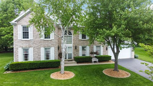 3306 Charlemagne, St. Charles, IL 60174