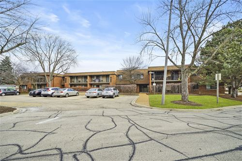 10 Old Oak Unit 103, Buffalo Grove, IL 60089
