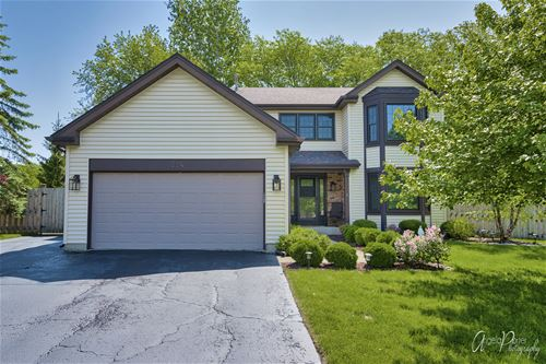 524 Old Country, Wauconda, IL 60084