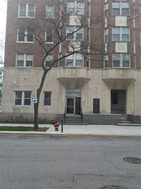 5000 S Cornell Unit 10D, Chicago, IL 60615 Hyde Park