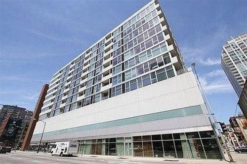 630 N Franklin Unit 418, Chicago, IL 60654 River North