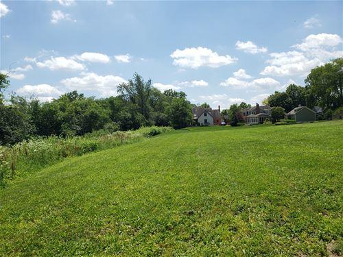 1714 E Prairie, Wheaton, IL 60187