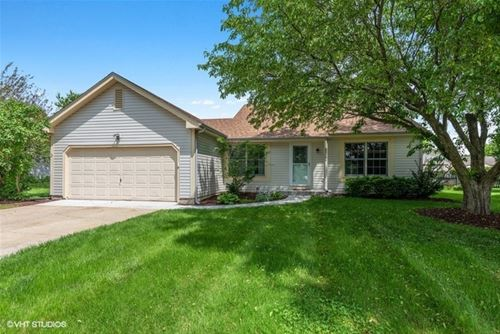 1058 Colony, Crystal Lake, IL 60014