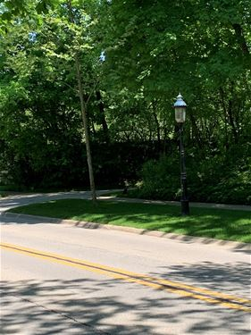 333 N Green Bay, Lake Forest, IL 60045