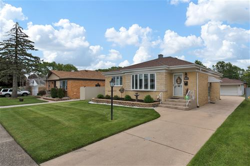 11105 Shakespeare, Westchester, IL 60154