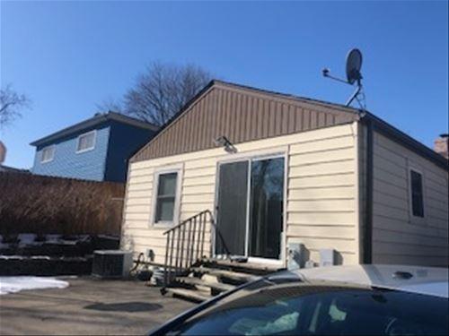 153 Hickory, Mundelein, IL 60060