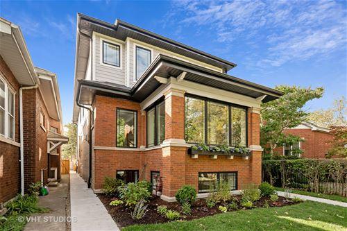 2737 W Sunnyside, Chicago, IL 60625 Albany Park