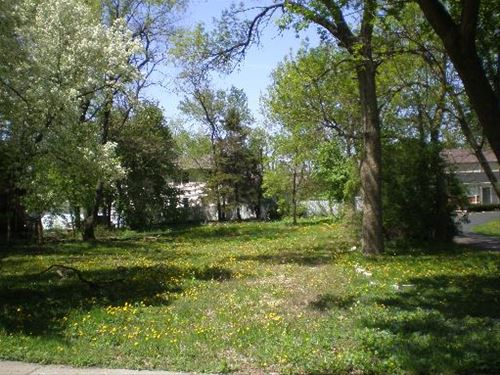 84 Elmhurst, Crystal Lake, IL 60014