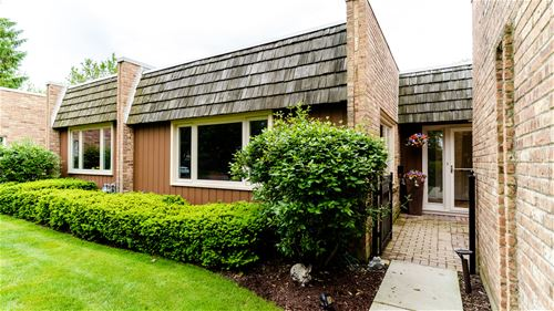 1825 Somerset, Northbrook, IL 60062