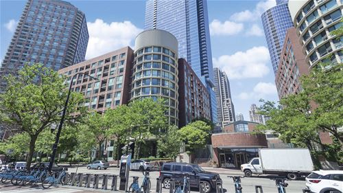 440 N Mcclurg Unit 415, Chicago, IL 60611 Streeterville