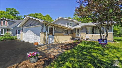 61 Timber, Lindenhurst, IL 60046