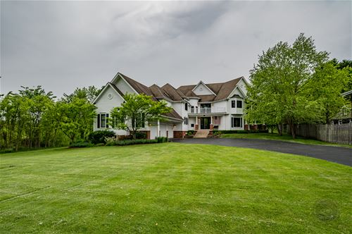 3946 Glendenning, Downers Grove, IL 60515