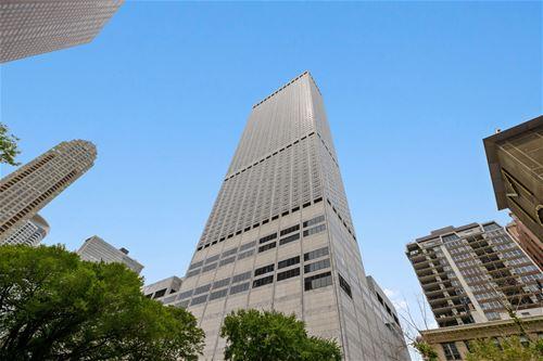 180 E Pearson Unit 4402, Chicago, IL 60611 Streeterville