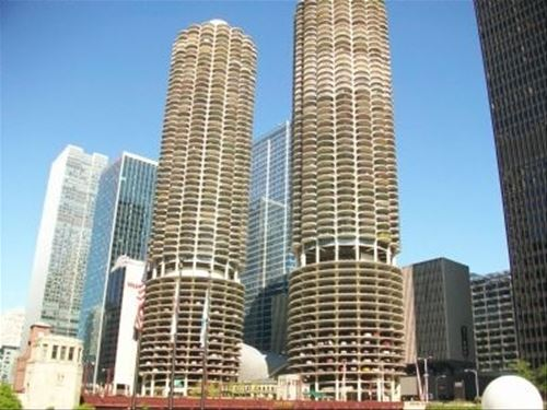 300 N State Unit 2627, Chicago, IL 60654 River North