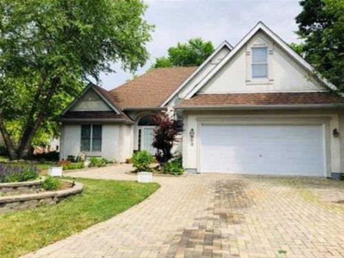 508 Windham, Carpentersville, IL 60110