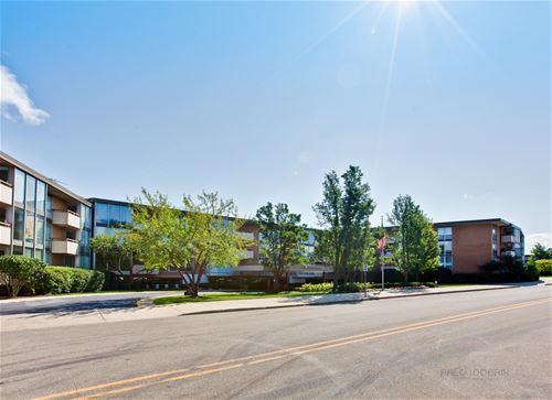1301 N Western Unit 101, Lake Forest, IL 60045