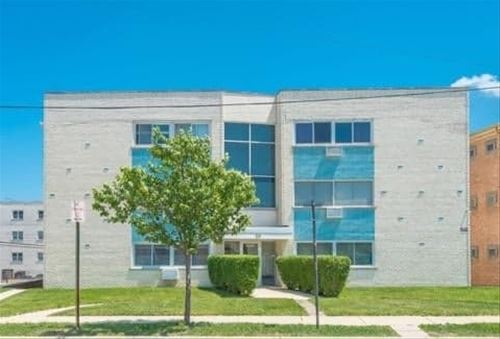 8203 Niles Center Unit 3C, Skokie, IL 60077