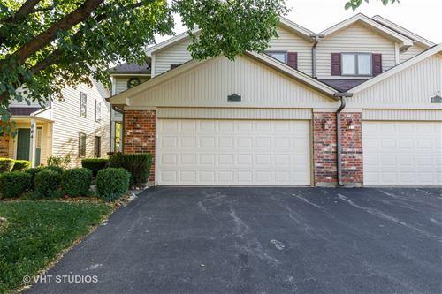 902 Carlisle, Westmont, IL 60559