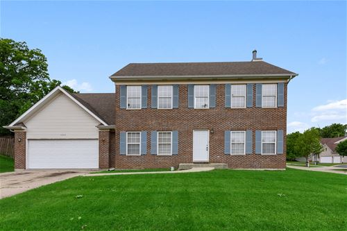 1035 Deer Creek, Carpentersville, IL 60110