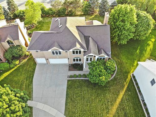 6742 Lakeview, Woodridge, IL 60517