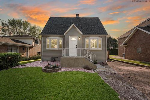 8952 Meade, Oak Lawn, IL 60453