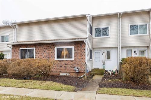 4 Wintergreen, Woodridge, IL 60517