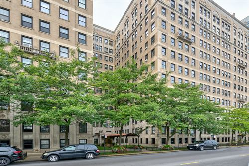 3520 N Lake Shore Unit 8J, Chicago, IL 60657 Lakeview