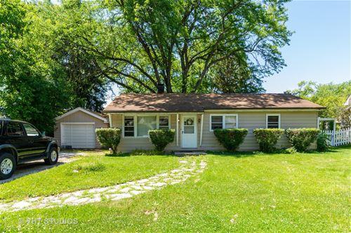 449 Circle, Willowbrook, IL 60521