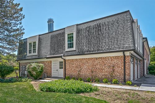 164 W Golf Unit B, Libertyville, IL 60048