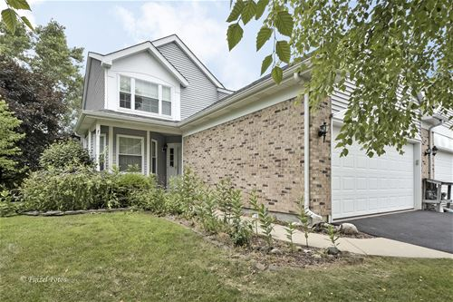 800 Twelve Oaks, Woodstock, IL 60098