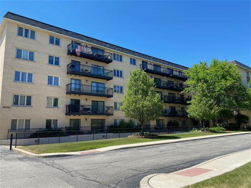 8610 Waukegan Unit 402W, Morton Grove, IL 60053