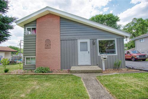 627 W James, Villa Park, IL 60181