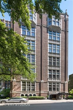 20 E Cedar Unit 4A, Chicago, IL 60611 Gold Coast