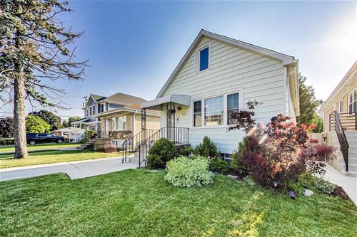 7622 N Odell, Niles, IL 60714