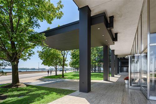 880 N Lake Shore Unit 11D, Chicago, IL 60611 Streeterville