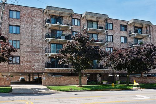 7525 W Lawrence Unit 203, Harwood Heights, IL 60706
