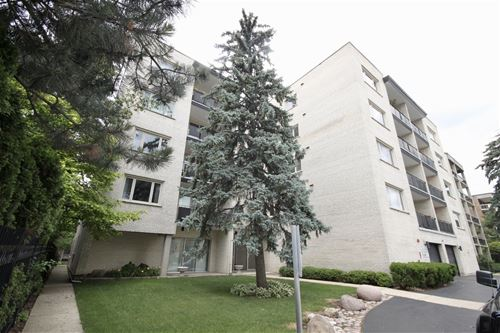 1010 N Harlem Unit 503, River Forest, IL 60305