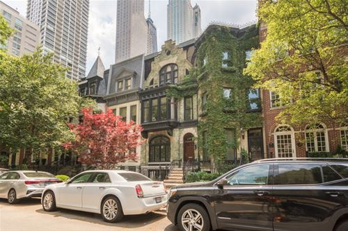 65 E Bellevue, Chicago, IL 60611 Gold Coast