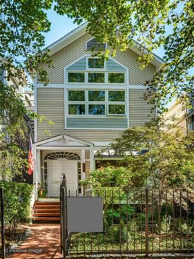 2051 N Bissell, Chicago,  60614 Lincoln Park