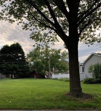 750 N Kenilworth, Elmhurst, IL 60126