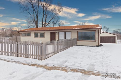 36319 N Grandwood, Gurnee, IL 60031