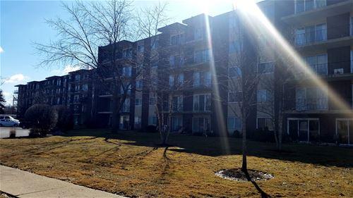 5300 Walnut Unit 15E, Downers Grove, IL 60515