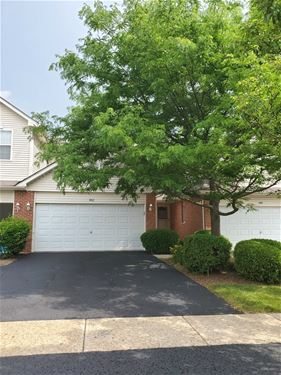 442 Coventry, Glendale Heights, IL 60139